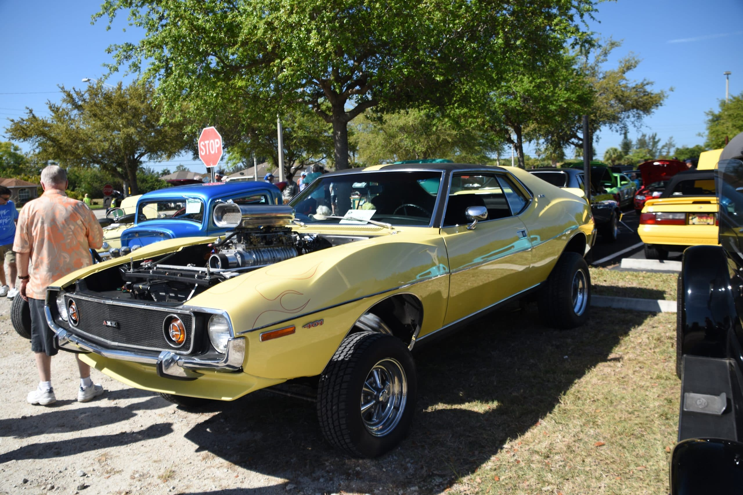 Yellow AMX car modified to be 4 wheel drive